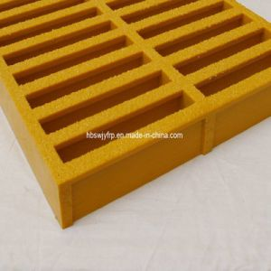 Chinese Fiberglass Grating with Low Price and High Quality pictures & photos