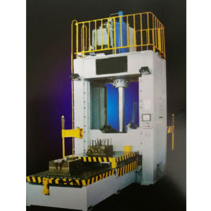 CNC Vertical Die Casting Machine Series pictures & photos