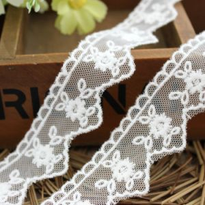 Hot Sale Embroidery Lace for Accessories pictures & photos