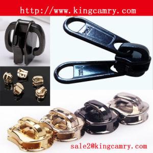 Zipper Puller & Slider /Zipper Double Puller/Zipper Head/Nylon Slider Zipper Slider pictures & photos