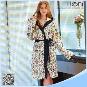 China Factory Wholesale OEM Customer Women Cotton Bathrobe pictures & photos