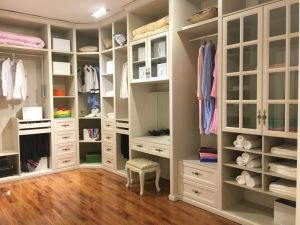 Cheap Customized MDF Wardrobe Cupboard (MOQ = 1 set) pictures & photos