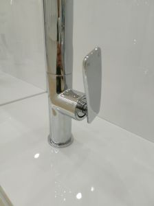 Quality Faucet Wels Approval Solid Brass Kitchen Tap pictures & photos