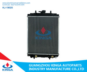 Aluminium Auto Radiator for Daihatsu Mira/Opti/Move/Storia 1998 pictures & photos