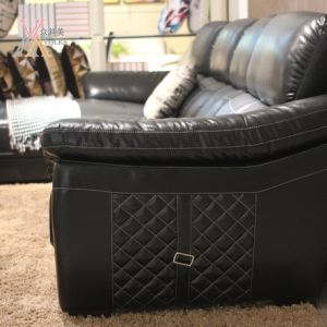 Fashion Black Leather Sofa with Corner (1651A) pictures & photos
