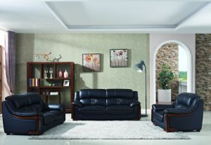 Fashion American Style Modern Leather Sofa with Wooden pictures & photos