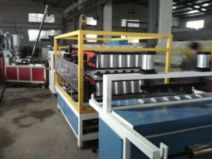 PVC Corrugated Glazed Roofing Tiles/Sheet Making Machine pictures & photos