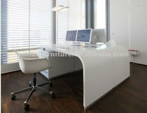Solid Surface Elegant Looking Office Desk pictures & photos