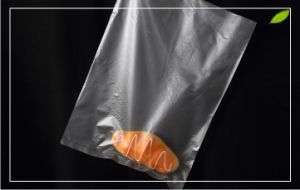 Clear Plastic Food Bag on Roll / HDPE Plastic Bag pictures & photos
