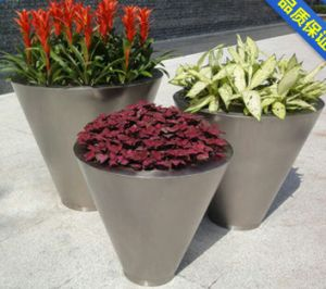 Coloerful and Customized Stainless Steel Flower Pots for Office, Home, Hotel and Business Gift pictures & photos