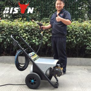 Bison 170 Bar Portable Pressure Washer with Rechargeable Battery pictures & photos