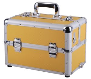 Aluminium Cosmetic Case, Beauty Case with Trolley, New Aluminum Case with 3 Layer pictures & photos