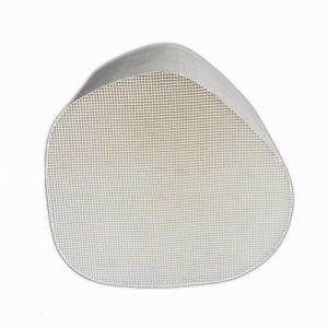 Automotive Ceramic Honeycomb Catalyst Carrier pictures & photos