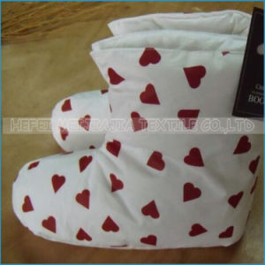 Wholesale Down Indoor Slipper and Down Boot Shoes pictures & photos