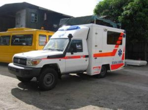 Toyota 4X4 Land Cruiser LC79 High Roof Diesel LHD Box Ambulance pictures & photos
