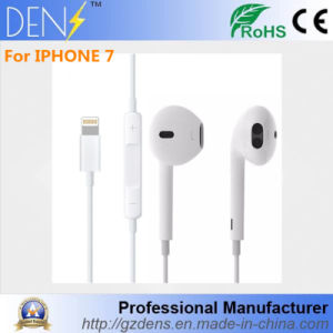 Earpods Earphone Headset for iPhone 7 / 7 Plus with Lightning Connector pictures & photos
