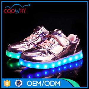 Unique Design Luminous Light Leisure Shoes Factory in Jinjiang