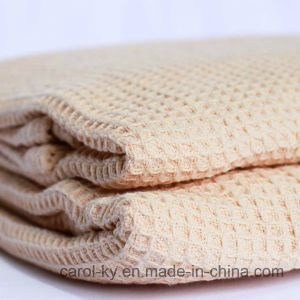Cotton Weaved Waffle Honeycomb Bath Towel pictures & photos