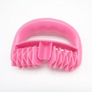 Handhold Plastic Mini Bath Body Massage Equipment pictures & photos