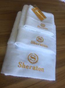 Luxury Cotton White Sheraton Hotel Embroidery Towel Set pictures & photos