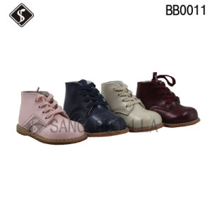 Toddler Shoes with Wood Outsole and High Quality Leather Babies Shoes pictures & photos