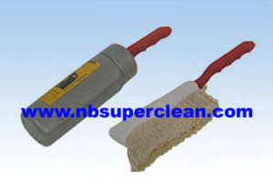 High Quality Car Brush with Wax Oil Car Duster (CN1120) pictures & photos