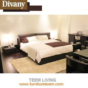 Divany Hotsell Solid Wood Bed a-B35 pictures & photos