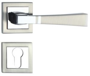 Zinc Alloy Door Handle Lock (502Q-701) pictures & photos
