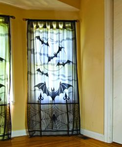 100% Polyester Lace Bat Window Panel (PM007) pictures & photos