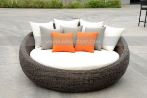 Mtc-110 Outdoor Furniture Round Rattan Daybed pictures & photos