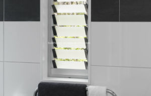 Bathroom Aluminium Frame Laminted Glass Louvre Windows pictures & photos