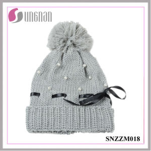 2015 Latest Warm Women Pearl Bow Knit Hat Fur Ball Wool Cap pictures & photos