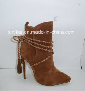 Fashion Lady Shoes with Weaving Lace Around