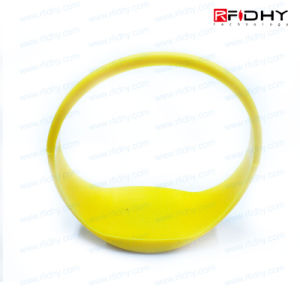 High Quality! I Code Sli Silicone Wristbands for Events pictures & photos
