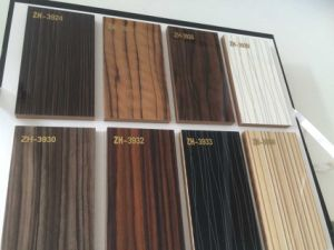 Woodgrain Laminate MDF UV Boards for Kitchen Cabinet Doors (glossy) pictures & photos