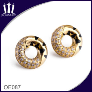 CNC Micro Inlay Zircon Elegant Circle Leopard Earrings pictures & photos