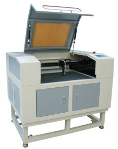 CO2 Laser Machine for Acrylic Laser Engraver with Honeycomb Worktable pictures & photos