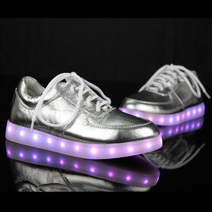 2016 New Fashion LED USB Charge LED Strip Flashing Light Couples LED Shoes LED Shoes pictures & photos