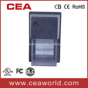 UL cUL Dlc FCC Approved LED Security Light Fixtures with PIR Motion Sesnor pictures & photos