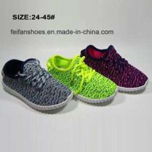 Classic Cheap Unisex Injection Flyknit Sports Shoes Running Shoes pictures & photos