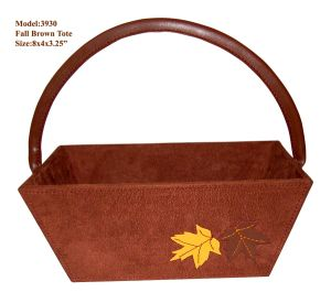 Maple Decorate Velvet Wooden Basket (3930) pictures & photos
