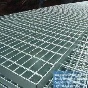 Galvanized Serrated Steel Grates for Floor Walkway pictures & photos