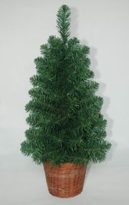 Realist Artificial Christmas Tree with String light Multi Color LED Decoration (AT1043) pictures & photos