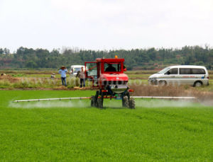Aidi Brand 4WD Hst Hot Sale Self-Propelled Boom Sprayer for Corn pictures & photos