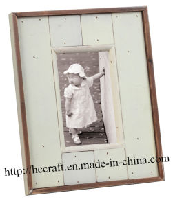 Wooden Photo Frame in Antique Style pictures & photos