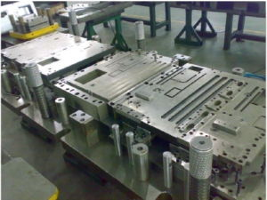 Progressive Die for Air Conditioner Sheet Metal pictures & photos