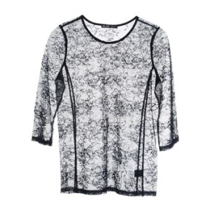 Women Fashion Round Neck T-Shirt Sexy Lace Garment pictures & photos