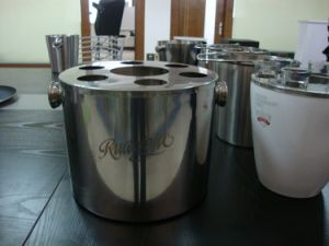 Top Quality Stainless Steel Ice Bucket pictures & photos