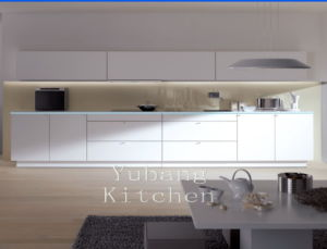 High Gloss/Matt Finished Lacquer Kitchen Cabinet (M-L54) pictures & photos