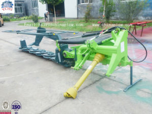 High Quality Disc Mower with Tractor pictures & photos